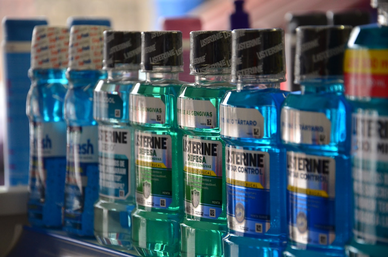 benefits and risks of mouthwash